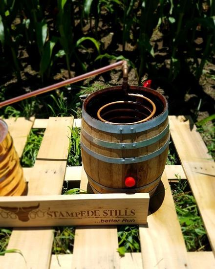 Stampede Stills Original 5 gallon Oak Barrel (20 Liter) w/ copper distillation condenser worm/chiller coil
