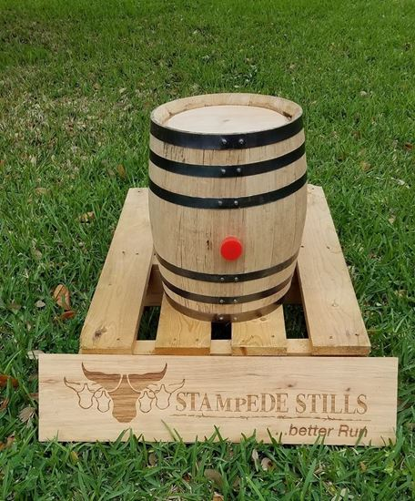 New, Unused 2.6 Gallon 10 Liter Oak Bourbon Aging Barrel with medium char