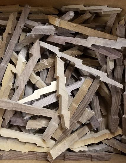 Black Walnut Lightning Bolts - Black Walnut (Juglans nigra) wood for Aging and Smoking (4oz)